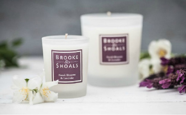 brooke and shoals neroli blossom and lavender candle