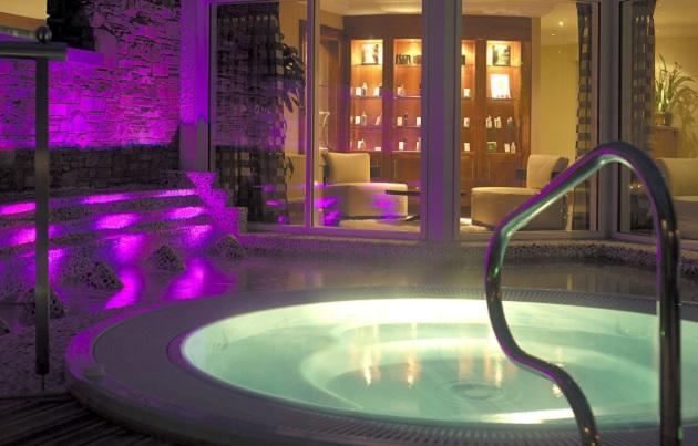 The Outdoor Hot Tub at Nadur Spa